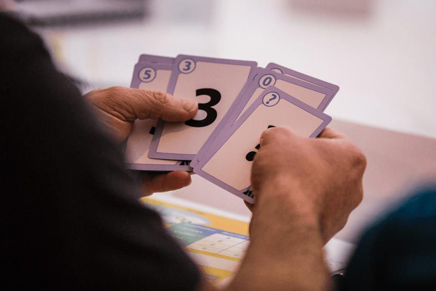 scrum-planning-poker-1